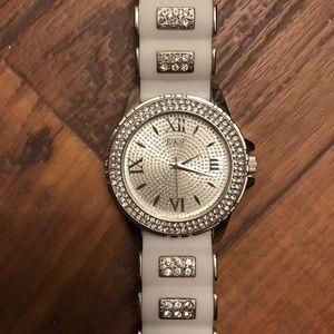 BKE White Watch